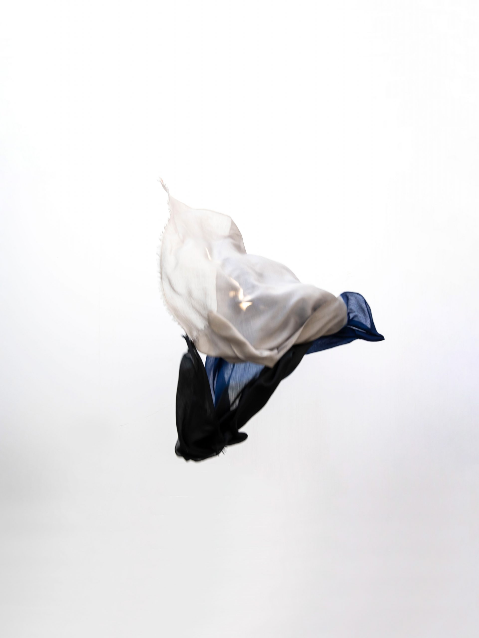 cosi textiles - flying scarf
